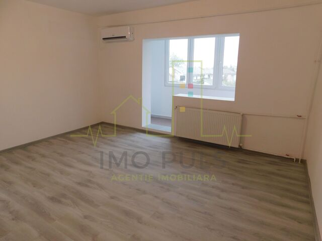 Apartament renovat recent situat in complex